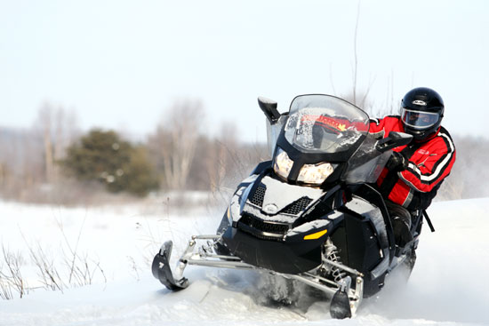 motoneige hors-pistes au canada