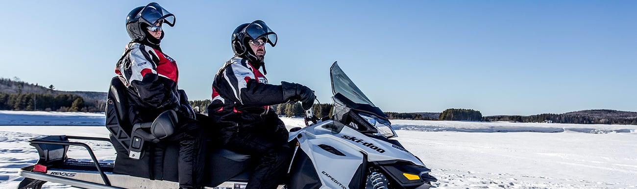 photos de motoneige au canada