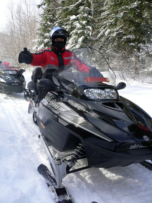 Avis motoneige Canada