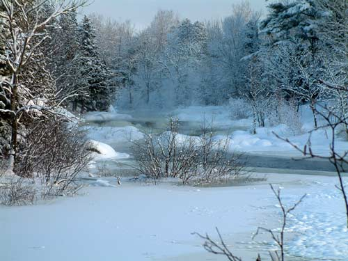 rivière gelée canada