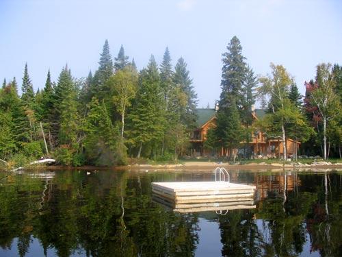maison lac canada
