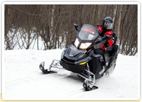 Les motards, ça vous dit de troquer votre moto contre une moto-neige ?