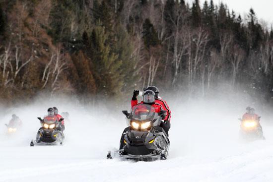 groupe motoneige au canada