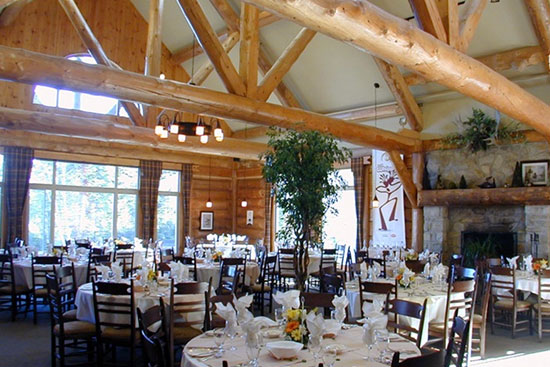 auberge lac taureau salle à manger