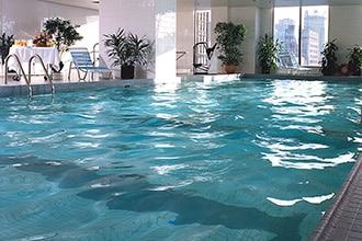 piscine hotel quartier latin montreal