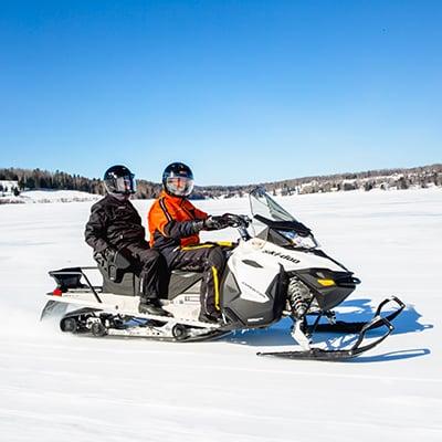 voyage motoneige en couple