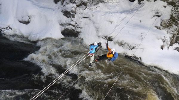 tyrolienne hiver au quebec