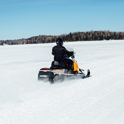 motoneige quebec lac gelé